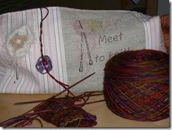 morning-knitting